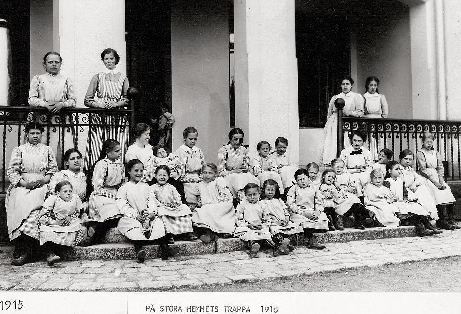 På Stora Hemmets trappa 1915.