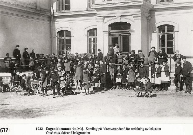Samling på Stenverandan 1923.