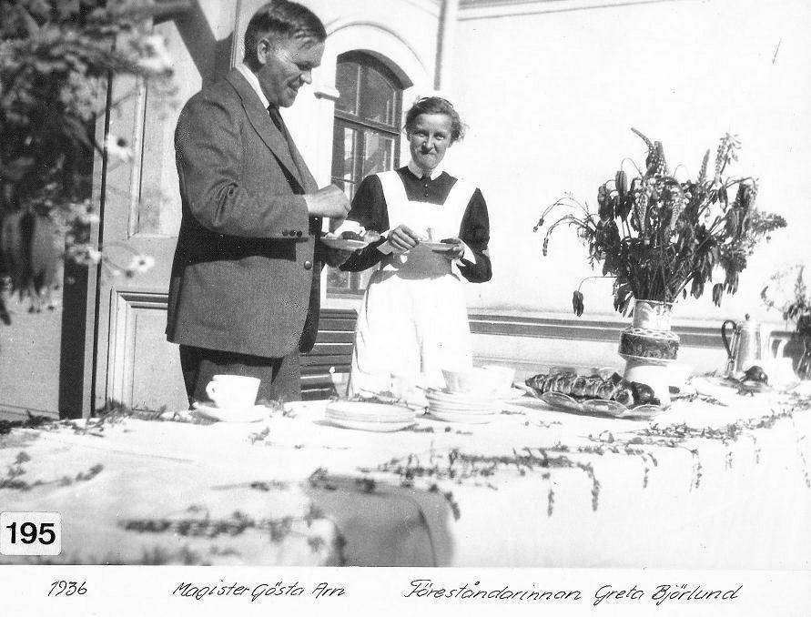 Magister Gösta Arn och föreståndarinnan Greta Björklund 1936.