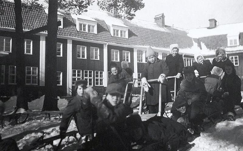 Skoj ute i snön år 1949.