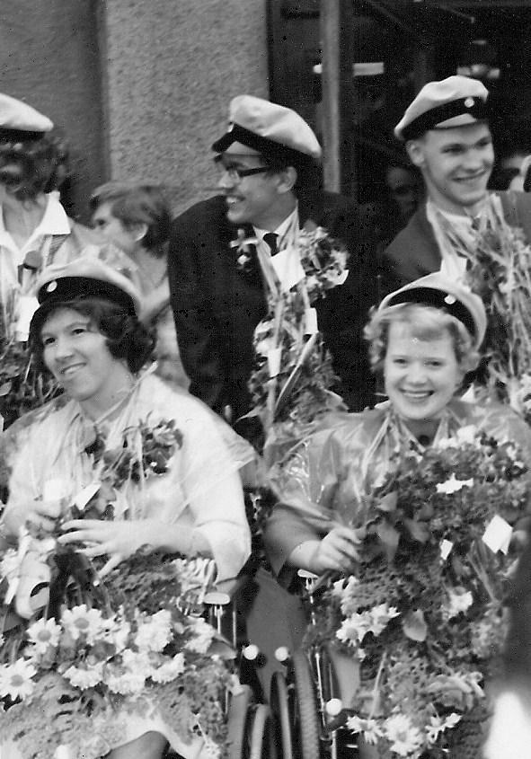 Mats, Kaj, Siv och Kristina examen 1963.