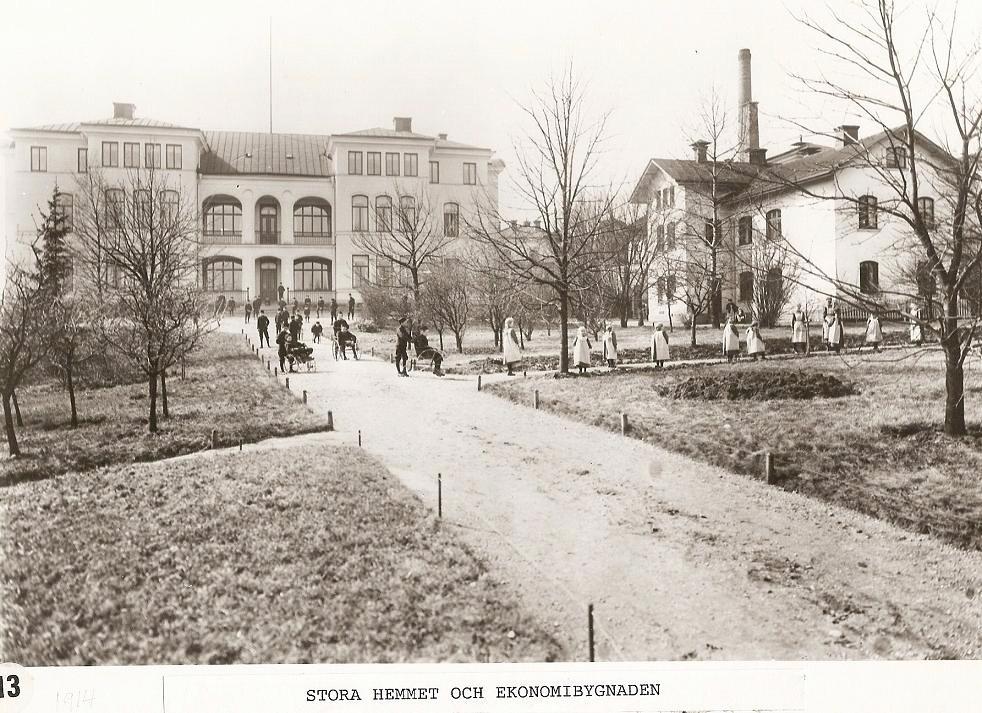 Stora Hemmet och Ekonomibyggnaden 1914.