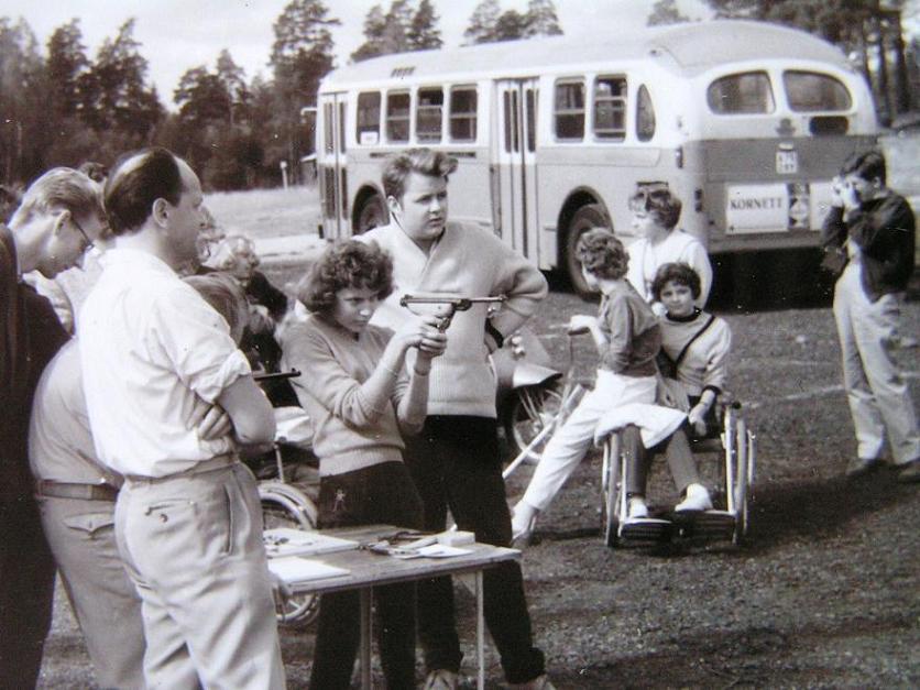 Bussutflykt till Rösjön 3 sept. 1959.