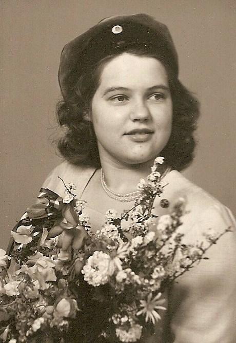 Inga-Britt Palmér, realexamen 1949.