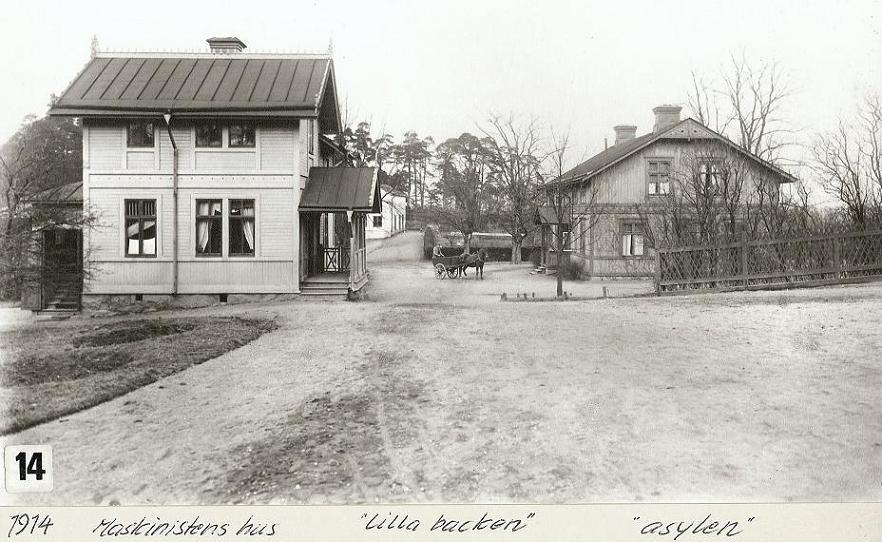 """Maskinistens hus och """"Asylen"""" 1914."""