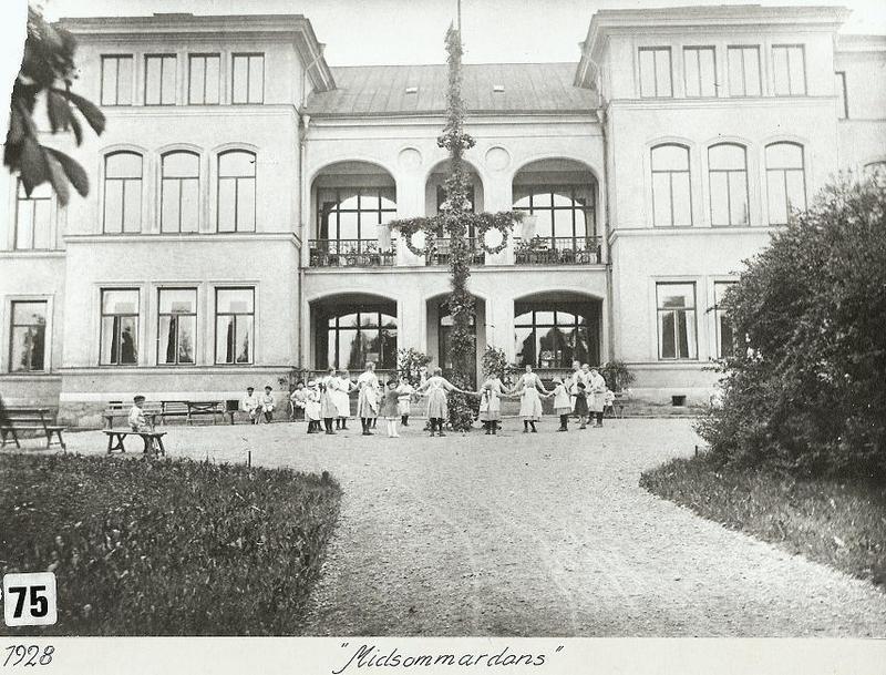 Midsommardans 1928.