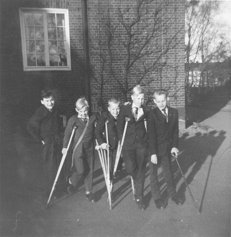 Uppklädda pojkar 1956