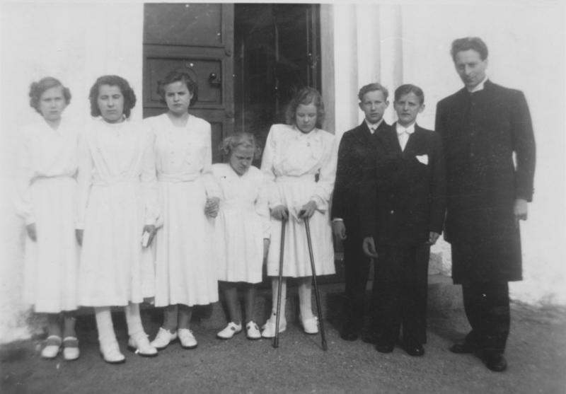 Konfirmander vid Raus kyrka 1949