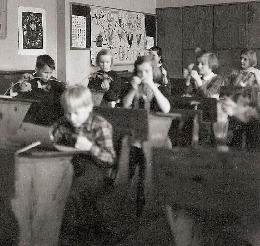 Skollektion 1955-56.