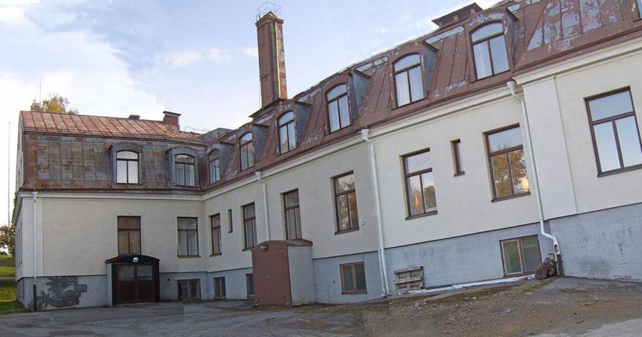 Skolhemmet från öster 2014